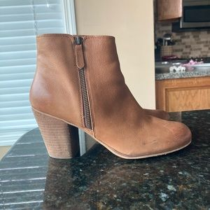 Nordstrom Heeled Ankle Booties Sz10W